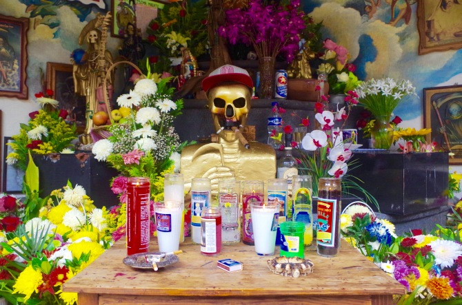 Altar at the church of La Santa Muerte, Michoacan.jpg 2