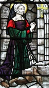 margaret-pole-stained-glass